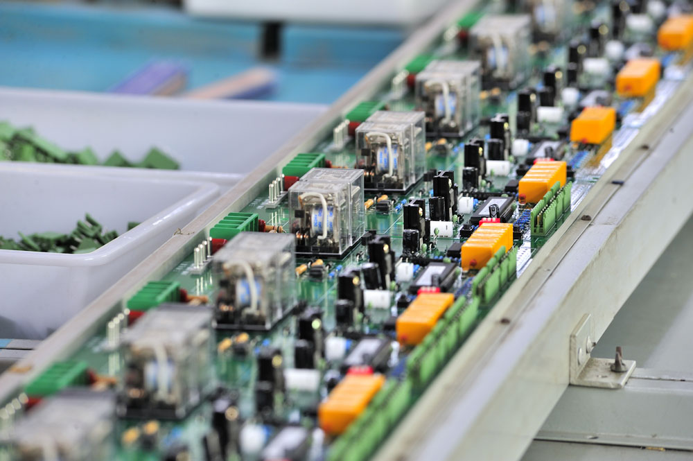 electronics industry production line