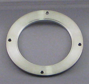 Target retaining ring on Desk IV TSC